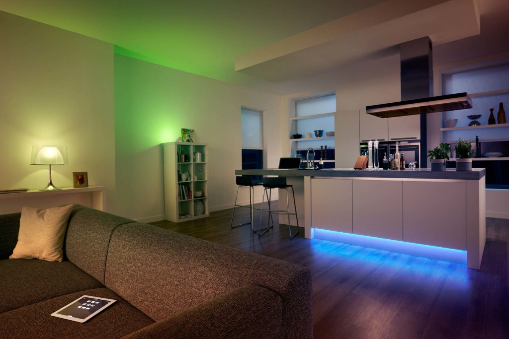 Programmable colored accent lighting in modern apartment
